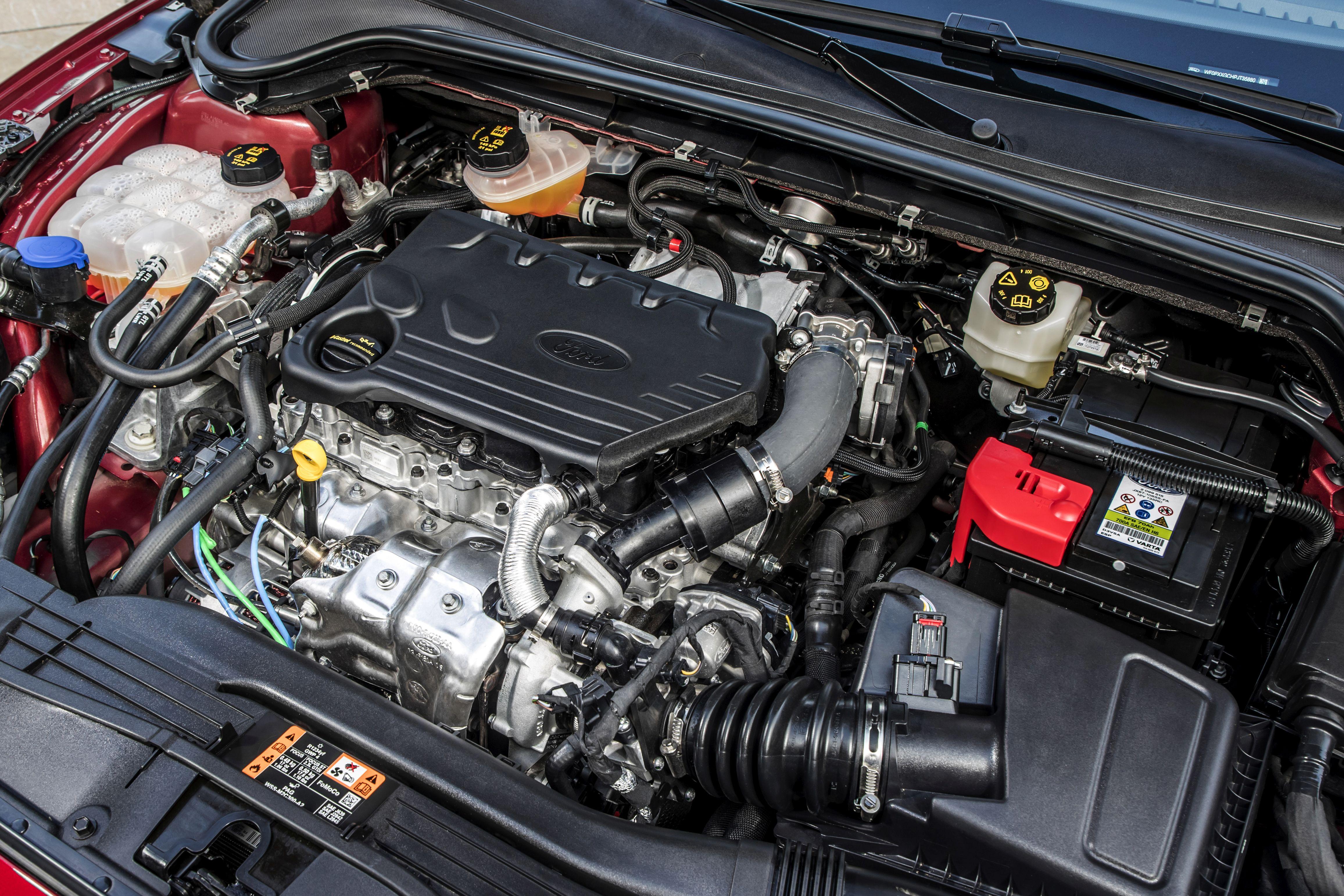 https://roadsrus.de/wp-content/uploads/2018/06/Focus-Vignale-042-Interieur-Motor-Nizza-2018-06-22-QF-Copyright-Ford.jpg