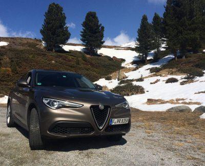 Kollisionsversuche mit Kraftwagen oder Der Alfa Romeo Stelvio erweist sich als top im Crashtest