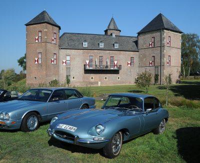 """""""Klassische Automobile im Zeichen der Burg"""" – Auf nach Burg Zelem zum zweiten Arden British Day"""