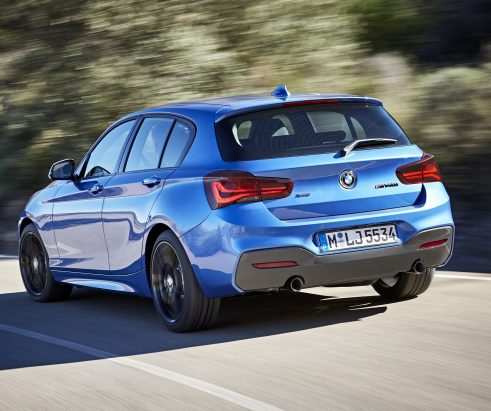 Bessere Konnektivität und neue Editionen – BMW hat im Sommer seine kleinste Baureihe aufgefrischt