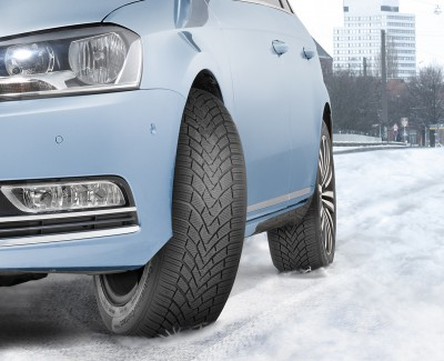 Winter-Unfälle oft auf zu wenig Traktion zurückzuführen – Winterreifen brauchen guten Grip bei Nässe und auf Schnee