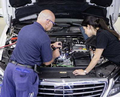 Daimler investiert in neue Motorengeneration – Reihenmotoren lösen die bisherigen V-Motoren ab
