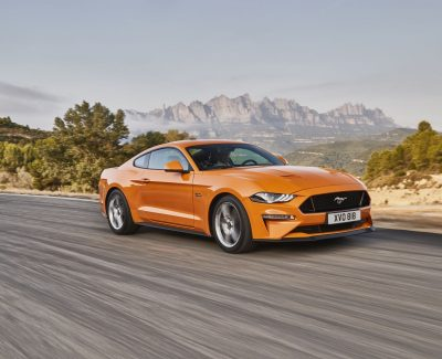 Autogramm: Ford Mustang – Schöner und schneller mit einem 450 PS starken 5,0-Liter-V8-Motor