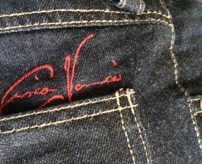 """Eine Blue Jeans für Motorradfahrer – Die """"Passatempo""""-Jeans von Vanucci bei Louis"""