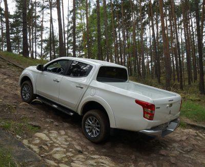 Alles Allrad oder was? – Die Allradantriebs-Varianten von Mitsubishi in den Dünen nahe Horstwalde