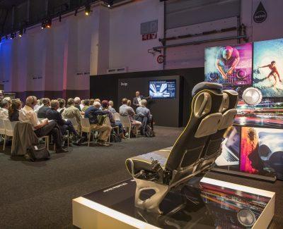 Klasse und Komfort – Serie: Der neue Tourismo RHD von Mercedes-Benz (Teil 1/3)