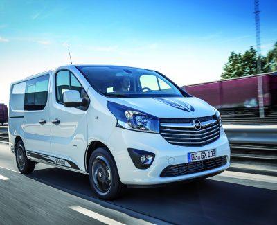 Auch für den Ausflug von Familien geeignet – Der neue Opel Vivaro Sport befördert bis zu neun Personen