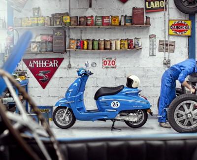 Mit dem Django 50 Sport von Peugeot nostalgisch durch den Prenzlauer Berg