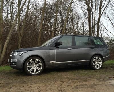 Die Spitzenversion des Range Rover SVAutobiography setzt dem Modelljahrgang 2016 die Krone auf