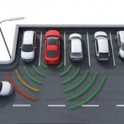 Der Park-Lenkassistent ist ein sinnvolles Extra – Mit automatischem System fährt der Skoda in kleinste Lücken