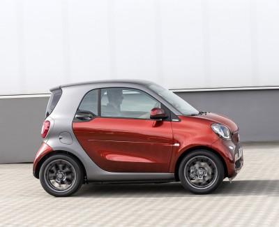 Hohe Stickoxid-Emissionen bei alten Modellen der Marken Smart Fortwo und Opel Astra