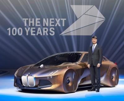 Die nächsten 100 Jahre – BMW feiert 100-jähriges Bestehen und steigert auch 2016 Absatz kontinuierlich