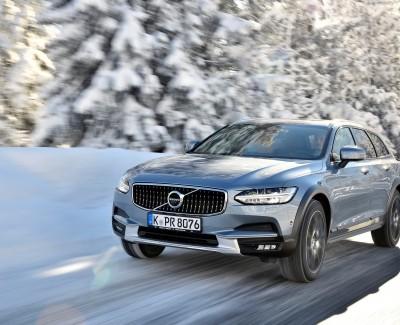 Schwedenkombi mit Gelände-Kompetenz – Volvo hat den Allroad-Kombi V90 Cross Country auf den Markt gebracht